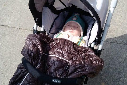 За какво да следим при избор на бебешка количка